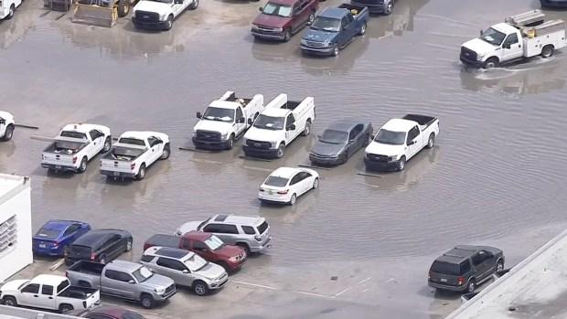 [MI] Rain Leads to Urban Flooding in Miami Beach