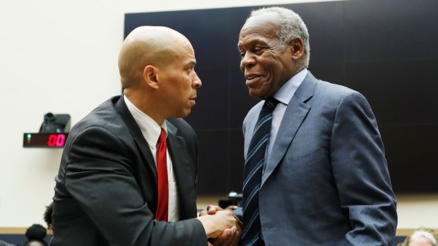 [NATL] Hearing on Reparations Brings Testimony from Actor, Senator, Ex-NFL Player