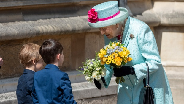 [NATL] Royal Family Photos: Queen Elizabeth II Turns 93 on Easter