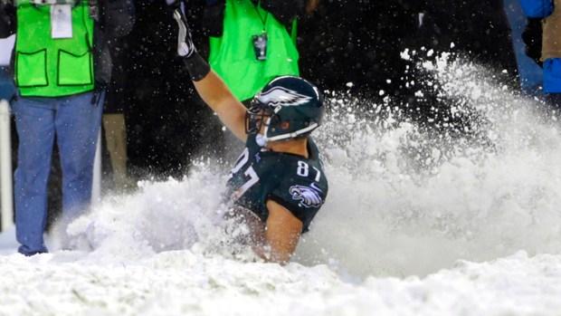 [NATL] Tis' the Season: NFL Snow Bowl