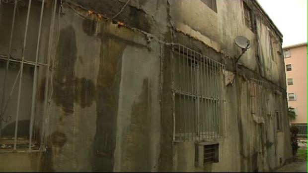 [MI] Tenants Say Rain Destroying Property