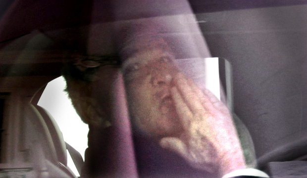 [NATL] A Kiss and a Wave: Bush Bids Farewell