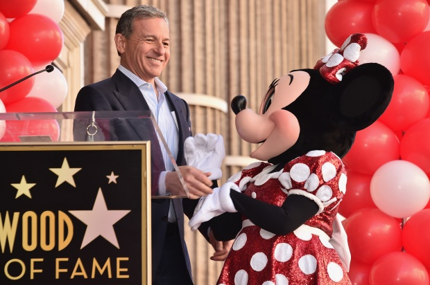 Minnie Mouse gets star on Walk of Fame