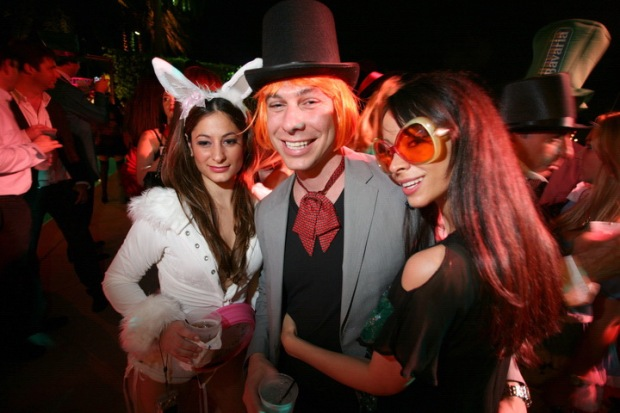 [NTSD] Down the Rabbit Hole: Nightlife King Michael Capponi Throws Mad Hatter-Themed B-Day Bash
