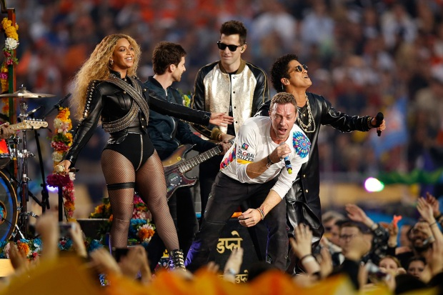 [NATL] Photos: Super Bowl 50 Halftime Show
