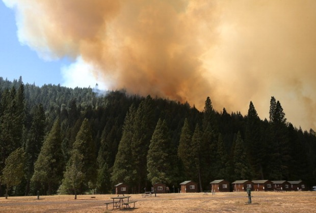 [BAY] Rim Firestorm Burns More than 105,000 Acres, Visible From East Bay