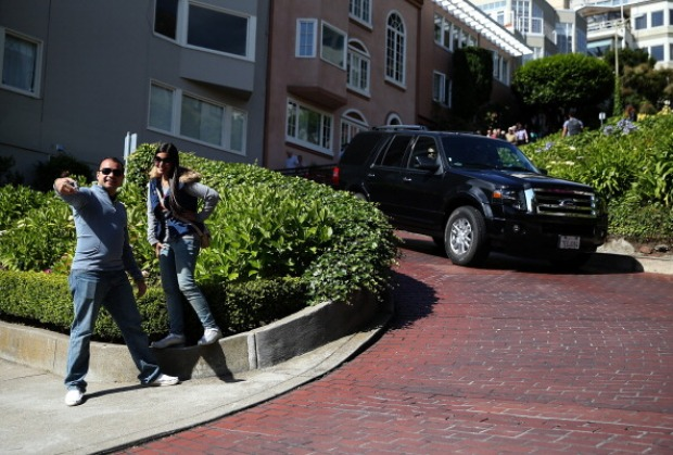 [BAY] Lombard Street Closed to Cars This Weekend