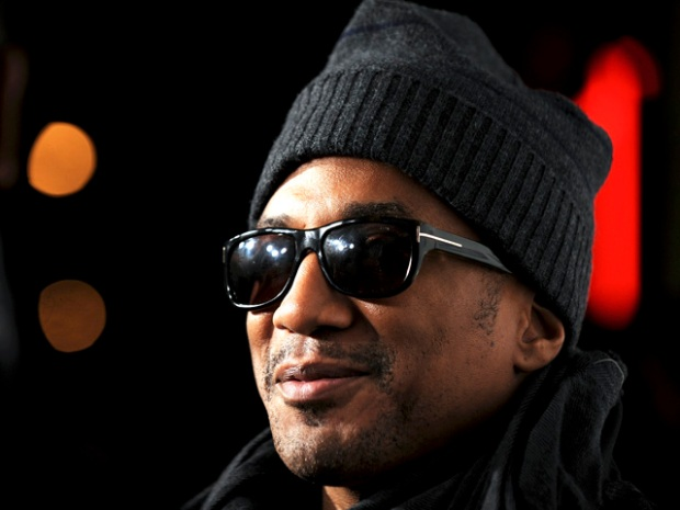 """[FREEL] VID: Rapper Q-Tip Shows Us How He Does """"the Whole Movie Thing"""""""