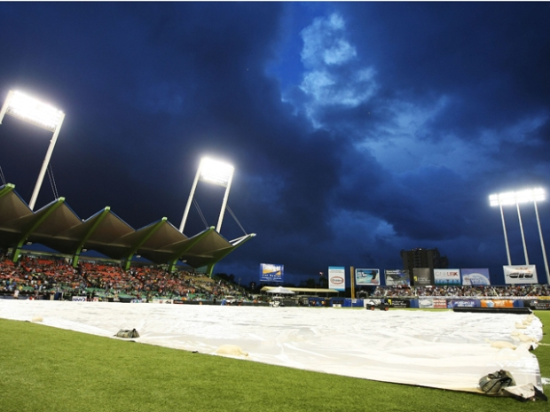 Marlins in Puerto Rico: Game 3, a Deluge and Disaster