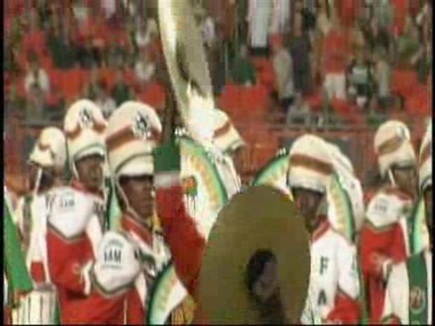 [MI] FAMU Band Plays at Sun Life