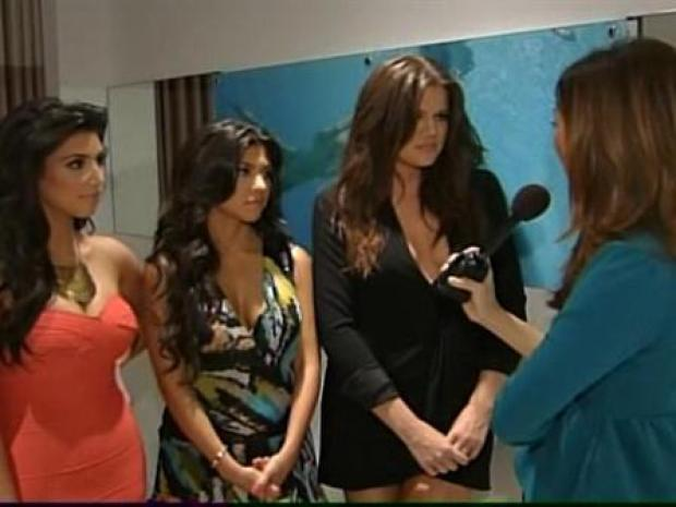 [MI] The Kardashians Grand Open Booty Boutique