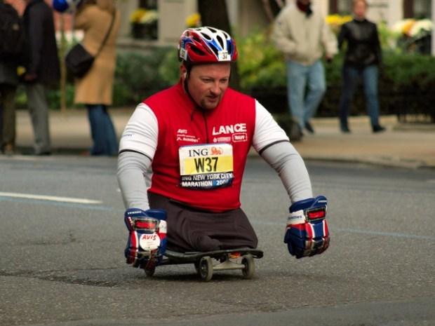 [MI] Athlete Without Legs Trains for 18th Marathon