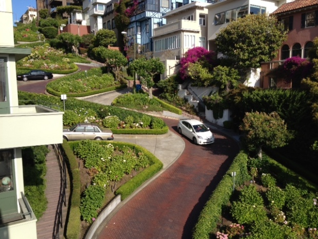 [BAY] World's Crookedest Street Will Close to Cars