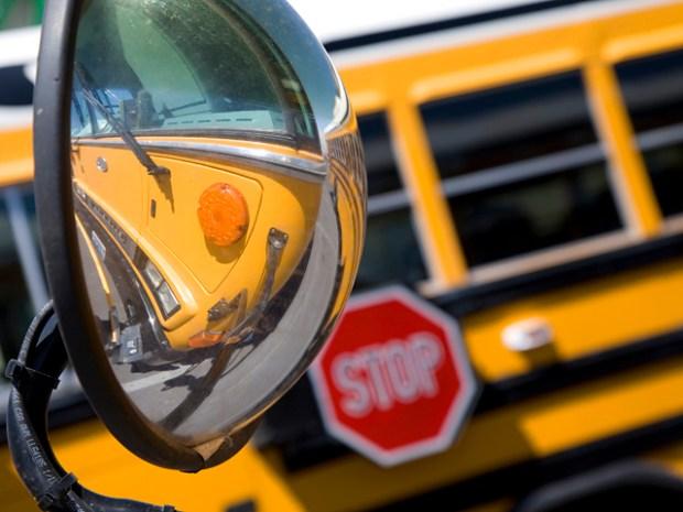 [MI] Dad Becomes School Bus Bully