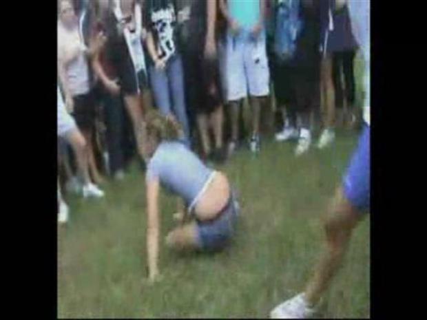 [MI] YouTube Girl Fight