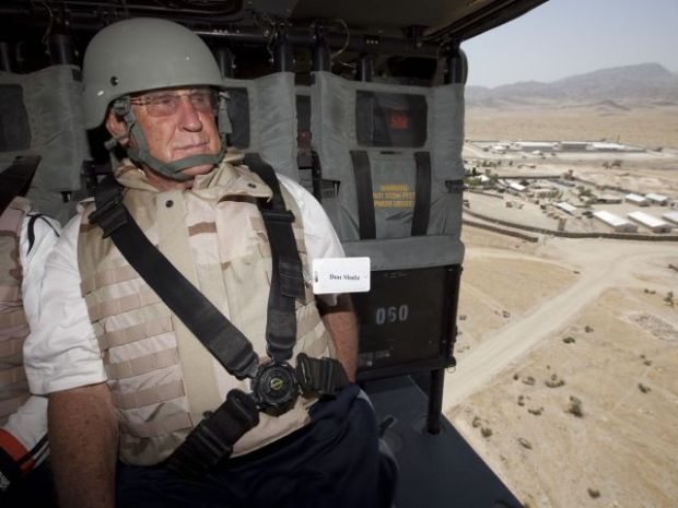 Shula Coaches Courage on Trip to Persian Gulf