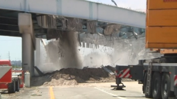[MI] RAW VIDEO: Watch as 595 Bridge Is Demolished
