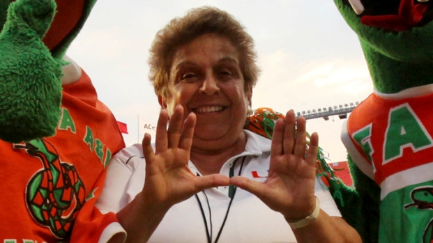 [MI] Lucky Strike Owner Sticks Up for Shalala