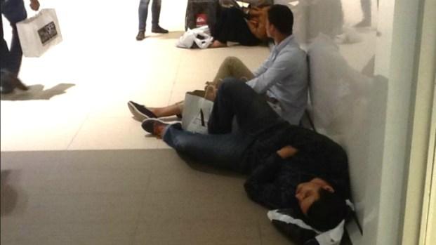 [MI] Black Friday Shoppers Flood Sawgrass Mills Mall