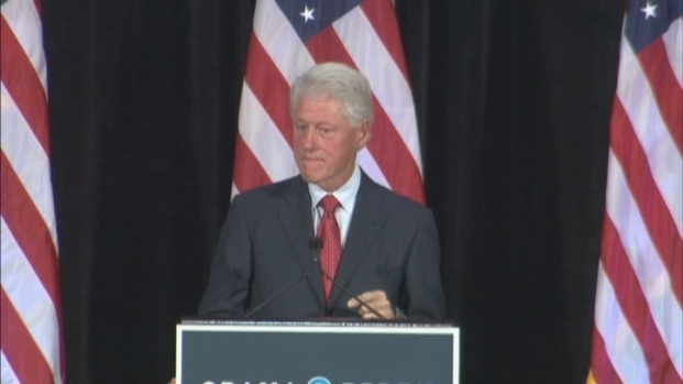 [MI] Bill Clinton Campaigns for Obama at FIU