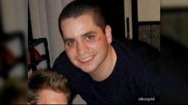 """[NY] Wife Testifies Against Accused """"Cannibal Cop"""" Husband"""