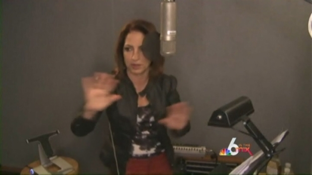 [MI] Gloria Estefan: Back to her Roots