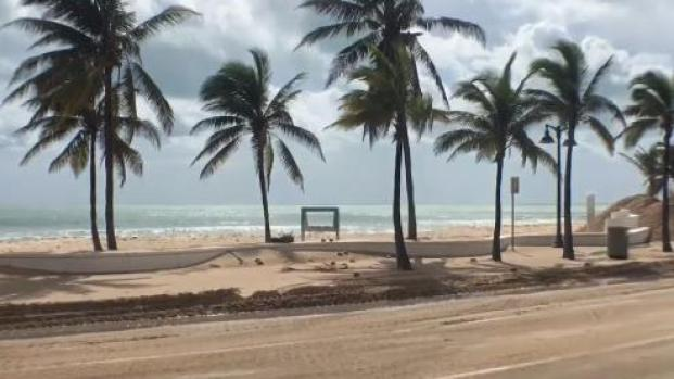 [MI] Irma Buried A1A With Sand in Ft. Lauderdale