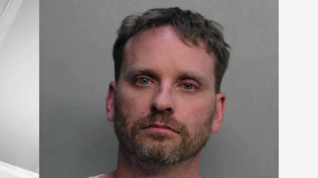 [MI] Man Accused of Killing Niece He Was Having Affair With: Police