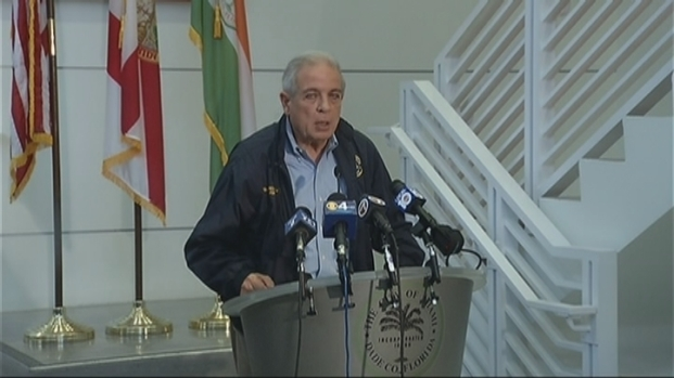 [MI] Miami Mayor Regalado: There Will Be Garbage Pickup Monday in City