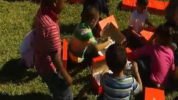 [MI] Kids Get 1,000 Pairs of Shoes