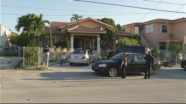 [MI] 3 Arrested at Clandestine Dental Office in Little Havana