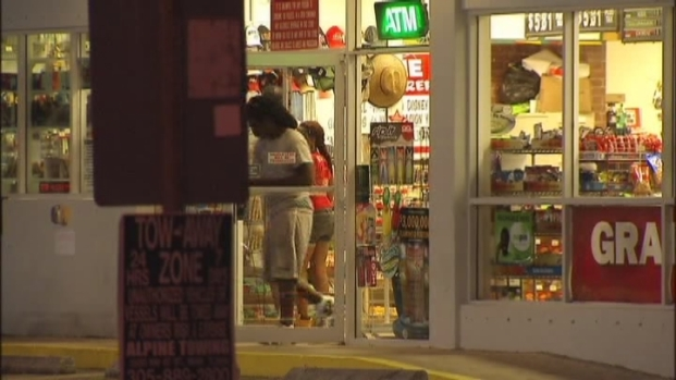 [MI] Man Shot in Attempted Robbery at Gas Station in Miami Shores