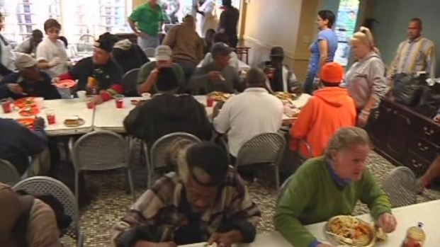 [MI] Seminole Hard Rock Hotel and Casino Hollywood Serve Thanksgiving Meals to the Hungry