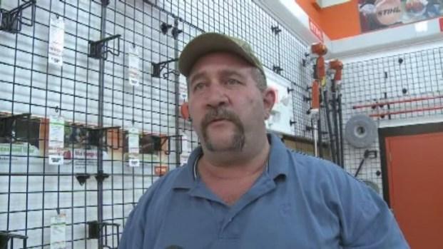 [MI] Brazen Hardware Store Heist Caught on Video in Southwest Miami-Dade