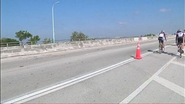 [MI] Rickenbacker Causeway Bike Lanes Improved