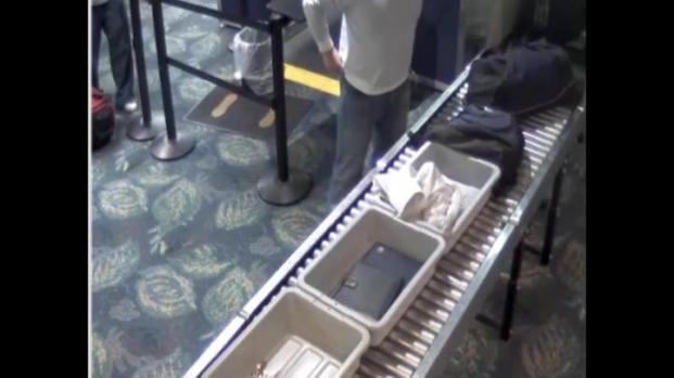 [MI] Airport Rolex Thief Caught Wearing Watch