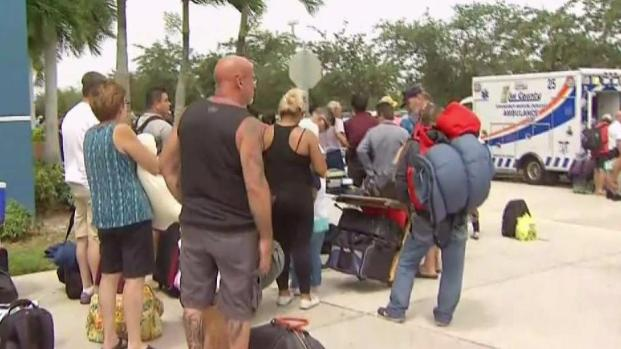 [MI] Thousands Seeking Entry to Shelter Near Ft. Myers
