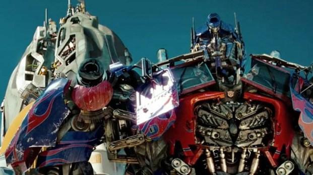 "[NATL] ""Transformers: Dark of the Moon"" Trailer"