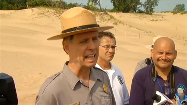 [CHI] Crews Go High-Tech to Shore Up Sand Dunes