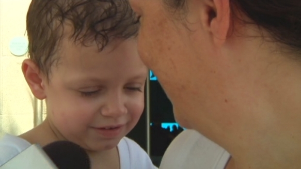 [NATL-V-MI] Young Cancer Patients Treated to Day at the Seaquarium