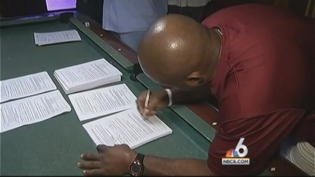 [MI] Tim Hardaway 1st To Sign Petition To Put Equal Marriage Amendment on Florida Ballot