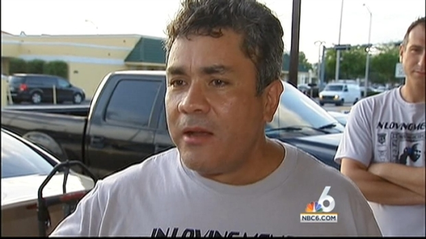 [MI] Mourners Pack Hialeah Funeral Home at Wake for Shooting Victim Carlos Gavilanes