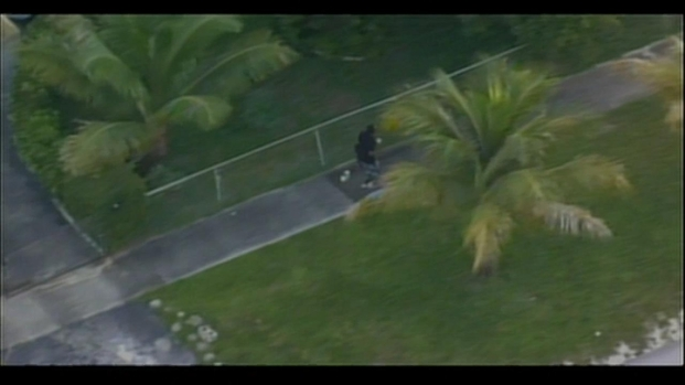 [MI] RAW VIDEO: Police Chase in Miami-Dade Ends