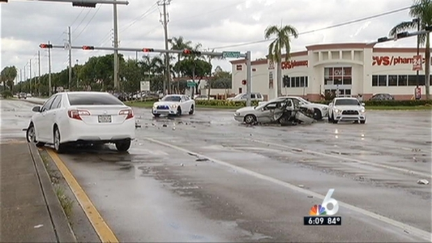 [MI] 1 Dead in 4-Car Crash in Southwest Miami-Dade: Police