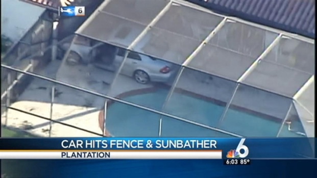 [MI] Plantation Sunbather in Serious Condition After Car Hit Fences and Her: Authorities