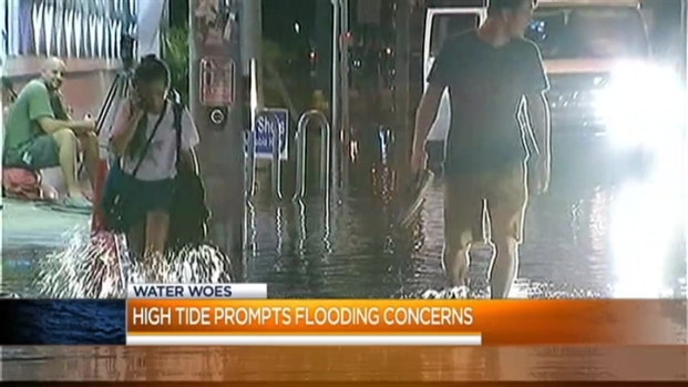 [MI] Streets Remain Flooded in South Florida Due to High Tides