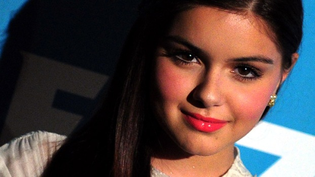"Ariel Winter Talks About Being Like Her ""Modern Family"" Character"