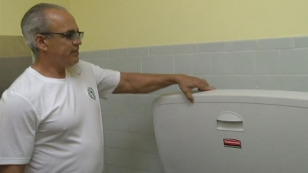 [MI] RAW VIDEO: Baby-Changing Stations Installed in the City of Miami