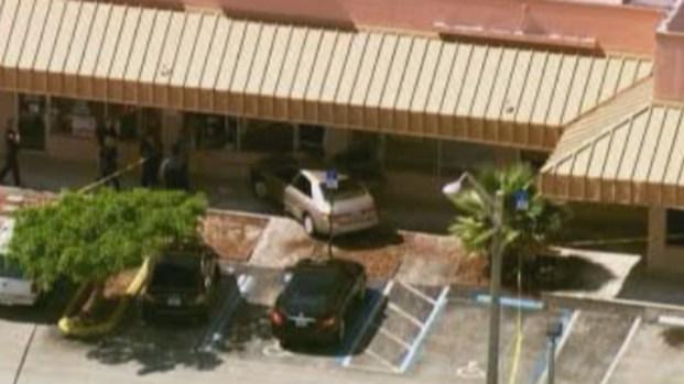[MI] Elderly Woman Dies After Car Slams Into Margate Building: Officials