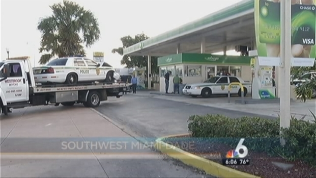 [MI] Police Cruiser Crashes into Gas Station in Miami-Dade